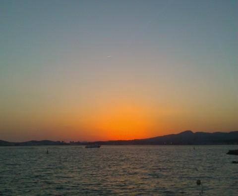Toulon, monter au Faron et descendre au bagne - Crédit photo izart.fr