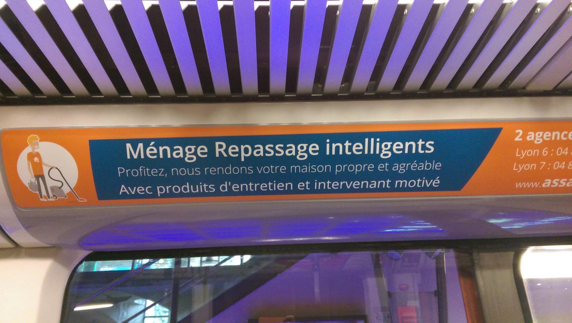 Ménage repassage intelligents - Crédit photo izart.fr